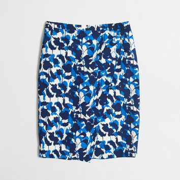 FACTORY PETITE CREPE WRAP PENCIL SKIRT IN ABSTRACT FLORAL