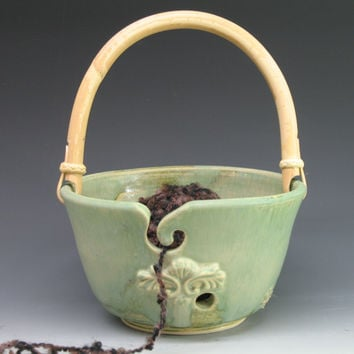 Mint Sage Yarn bowl - Knitting bowl - yarn Holder with handle - Hand Made Pottery by Heidi