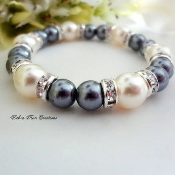 Swarovski Dark Grey Pearl Bracelet Grey Bridesmaid Bracelet Mother of Bride Groom Gift Grey Pearl Jewelry Fall Gray Wedding Bridal Jewelry