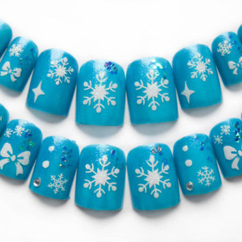 Winter Snowflake Fake Nails, Acrylic Nails, Press on Nails, Artificial Nails, Icy Blue and Glitter