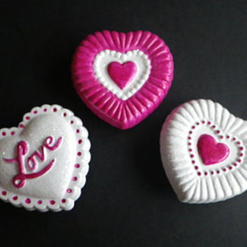 Valentine Magnets- Valentine's Day Hearts- Looks like Candy or Chocolate- Set of 3- Refrigerator Magnet- Red- White- Glitter- CassieVision