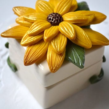 Sunflower Decor - Jewelry Box - Clay Flower Decor - Clay Jewelry Box - Trinket Box - Ring Box - Clay Decor - Decorative Box - Ceramic Box