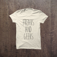 IGO - 003 Freaks and geeks Tshirt Cotton Blend Fashion T-Shirt