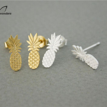 2017 New Fashion Christmas Gift Furit Jewelry Silver Gold Plated Cute Tiny Pineapple Charm Stud Earrings for Women