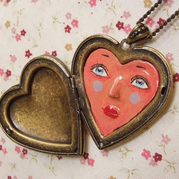 3D clay heart face locket necklace, OOAK detailed surreal heart headed clay doll,wearable art,vintage bronze heart locket necklace jewelry