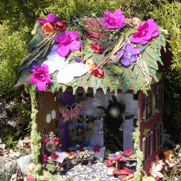 Furnished fairy house. Fairy dollhouse, fairy garden, fairy furniture, miniature furniture, fairy display, indoor garden. Charming gift!