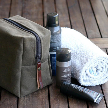 Waxed canvas dopp - leather canvas dopp - toiletry bag - canvas bag - canvas pouch - zippered purse - men's bag - cosmetic bag