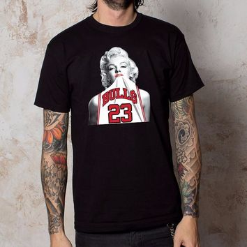 Marilyn Monroe Chicago Bulls T-shirt