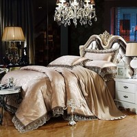 2017 Luxury Embroidery Satin Silk Jacquard Bedding Sets 4pcs Golden Pink Blue Duvet Cover Bedclothes Bed Sheet Queen King Size