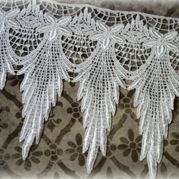 """Lace Fabric Trim, Ivory Lace Fabric, Guipure Lace, Venice Lace, Bridal Lace, Costume Design, Lace Applique, Crafting Lace, approx. 7"""" GL-006"""