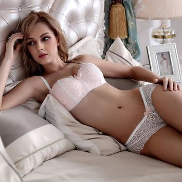 Women Lace Embroidery Wire Free Bra And All Lace Panties Set