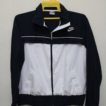 Vintage NIKE Swoosh Streetwear Windbreaker Sweater Black and White Zipper Poly Jacket XL