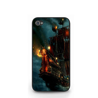 Blackbeard's Ship In Pirates Of The Caribbean iPhone 4 4S / iPhone 5 Case Cover