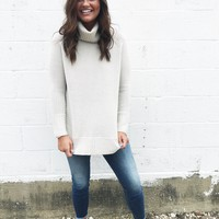 Tobi Turtleneck - Cream