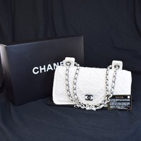 RARE!! Authentic CHANEL CC Logos Chain Shoulder Bag Wool Leather White 23V1927