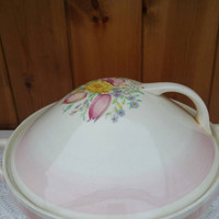 Vintage SUSIE COOPER tureen and lid/1930s/ dresden spray pattern in pink excellent condition / Rare English china