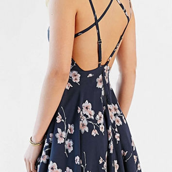 Vintage Floral Print Crisscross Back Cami Dress