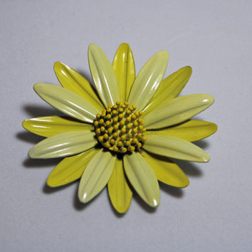 Vintage Yellow Flower Brooch enamel  ladies costume jewelry summer style floral pin