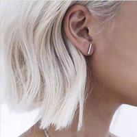 Sara Simple T-Bar Earrings
