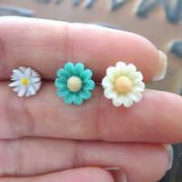 Daisy Cartilage Helix Earring Ear Jewelry Post Stud 16g 14g 14 16 Gauge G Flower Stud Ring- Turquoise Mint Green White Yellow