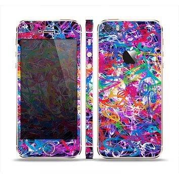 The Neon Overlapping Squiggles Skin Set for the Apple iPhone 5s