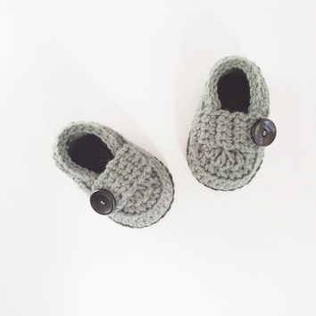 Baby boy Shoes, baby shower gift, Newborn photography prop, Gray booties, gift for boy, It's a boy, made by VeraJayne
