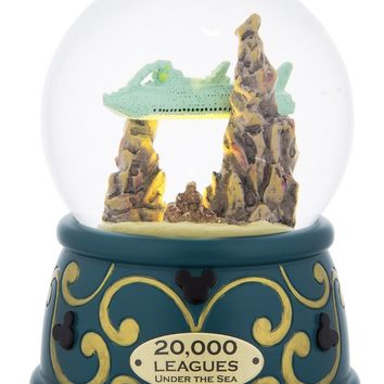 Disney Parks 20,000 Leagues Under the Sea Nautilus Snowglobe New