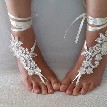bridal accessories,ivory, lace,   wedding sandals,  shoes,   free shipping!   Anklet,   bridal sandals,  bridesmaids,  wedding  gifts.......