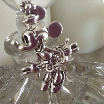 Minnie Mouse Pin Disney vintage classic Minnie brooch silvertone 50s pill box hat polka dot skirt Napier jewelry silver pin children teens