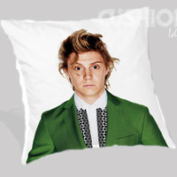 Evan Peters American horror Pillow Cover