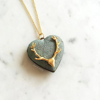 Antler Locket Necklace, Gold Reindeer Heart Locket, Deer Horn, Photo Locket, Friendship, Sister, Bridesmaid, Locket Gift, Wedding Jewelry