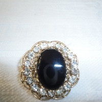 Vintage Onyx Rhinestone Gold Filigree Mourning Brooch Pin