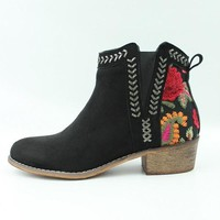 Floral Embroidered Bootie | Black