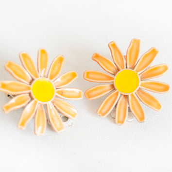 Vintage 1960s Enamel Daisy Earrings, Hippie Flower Power Jewelry, Orange Flower Clip On Earrings