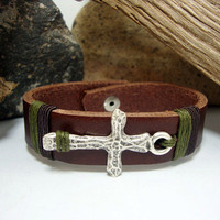 FREE SHIPPING - Men's Leather bracelet.Men Bracelet,Men leather Bracelet.Brown Leather Men's Bracelet,sign of the cross. silver plated studs