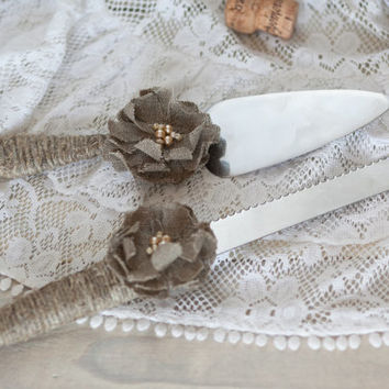 Rustic Wedding Cake Server and Knife Set - burlap flower