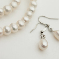 White Pearl Earrings / Wedding Jewelry / Pure White Natural Pearl / Bridal Bridesmaids / Gift for Her / June Birthstone