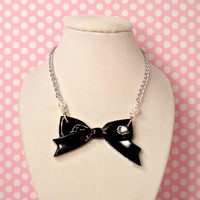 Sweet Lolita Necklace Elegant Black Ribbon Bow Charm