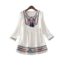 Hot Sale vintage Mexican Ethnic Floral Embroidered Hippie Blouses / Shirt Women Clothing Tops Tunic