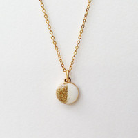 Round Pendant Necklace, Glitter Necklace, Gold Glitter Pendant Necklace, White Round Necklace, Resin Jewelry, White and Gold Necklace