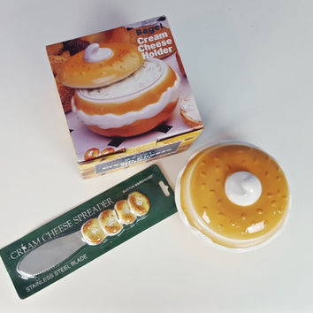 Vintage Bagel and Cream Cheese Serving Set Bagel Shaped Knife Kitsch Kawaii Cream Cheese Serving Dish Spreading Knife Ceramic 1995 Gift Set