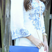 Holding Hands Purse: Royal Blue