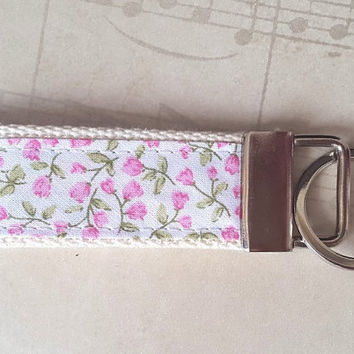 Flower Keyring, Pink Floral Keychain, Pretty Fabric key Fob, Luggage Tag, Mini Gift For Her, Backpack Tag, Student Keyring