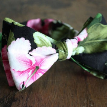 Floral Hawaiian Print Bow Tie Handmade by Lord Wallington / Gifts For Him / Gifts For Men / Christmas Gifts For Men / Mens Bowtie