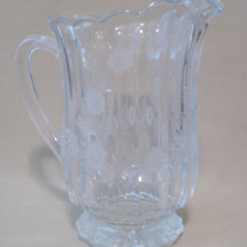 Vintage 80's Clear Cut Crystal Pitcher with Laurel Pattern, Heavy Crystal, Leaded Crystal, Clear Crystal, Glamour, Classic, Feminine Style