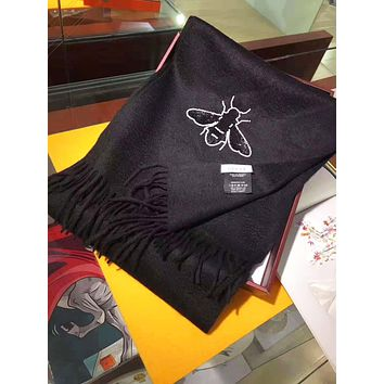 GUCCI New Fashion Autumn And Winter Embroidery Bee Print Warm Scarf Women