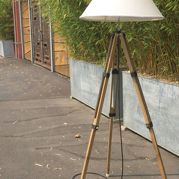 Vintage Tripod Lamp, Industrial Tripod Lamp, Wood Tripod Floor Lamp, Beach Floor Lamp, Coastal Decor Beach, Wooden Tripod, Adjustable Lamp