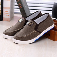 Men's Summer Casual Slip on Canvas Shoes Men Fashion Breathable Leisure Flats Loafers Shoes Chaussures Hombre Sapatos Masculino