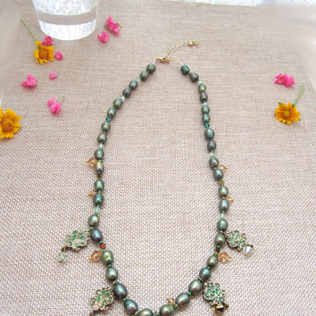 Green necklace, freshwater pearl, pearl necklace, crystal necklace, statement necklace, bib necklace, bohemian necklace, gypsy necklace gold