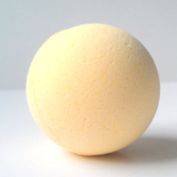 Lemon Bath Bomb Mega Size, All Natural Bath Bombs, Essential Oils, Gift Ideas, Gifts For Her